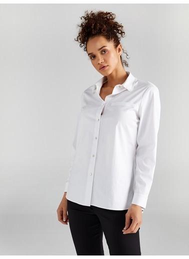 Faik Sönmez  Yakası Fırfırlı Uzun Kol Düz Gömlek 61326 Beyaz